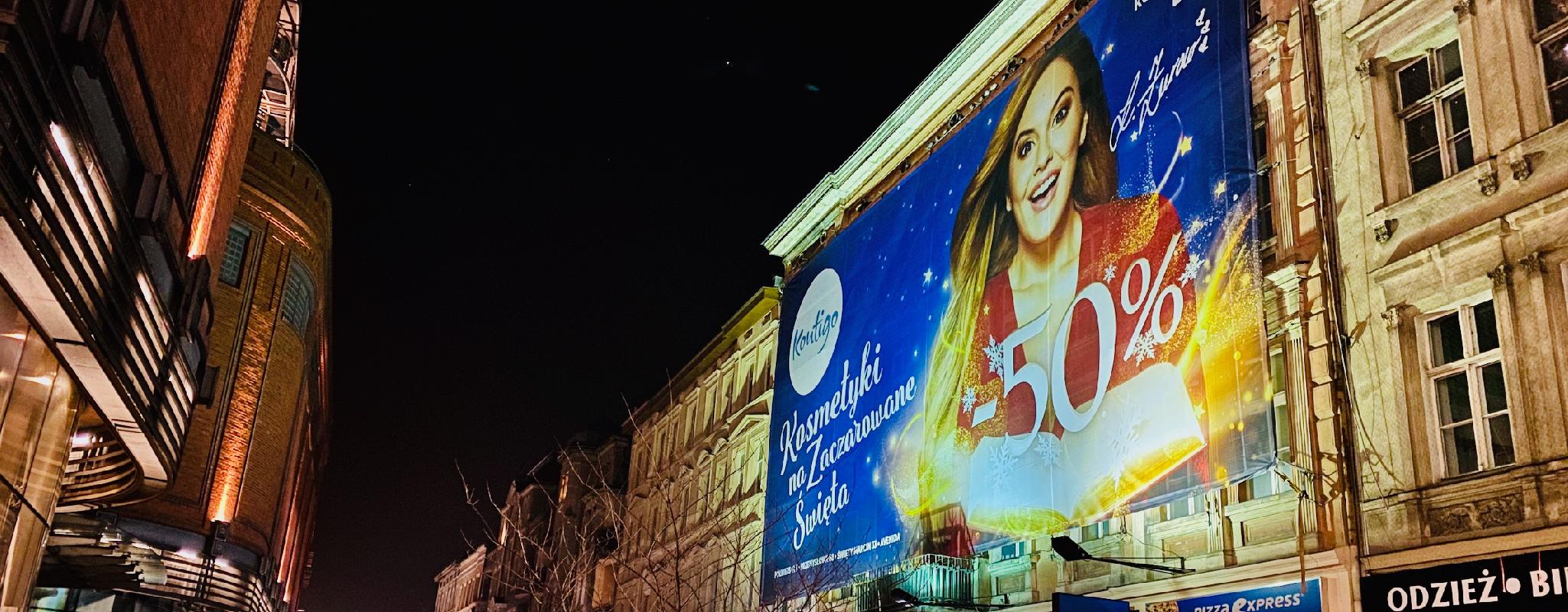 Reklama outdoor Poznań Półwiejska kampania Kontigo