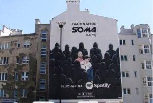 Sciana na mural reklamowy