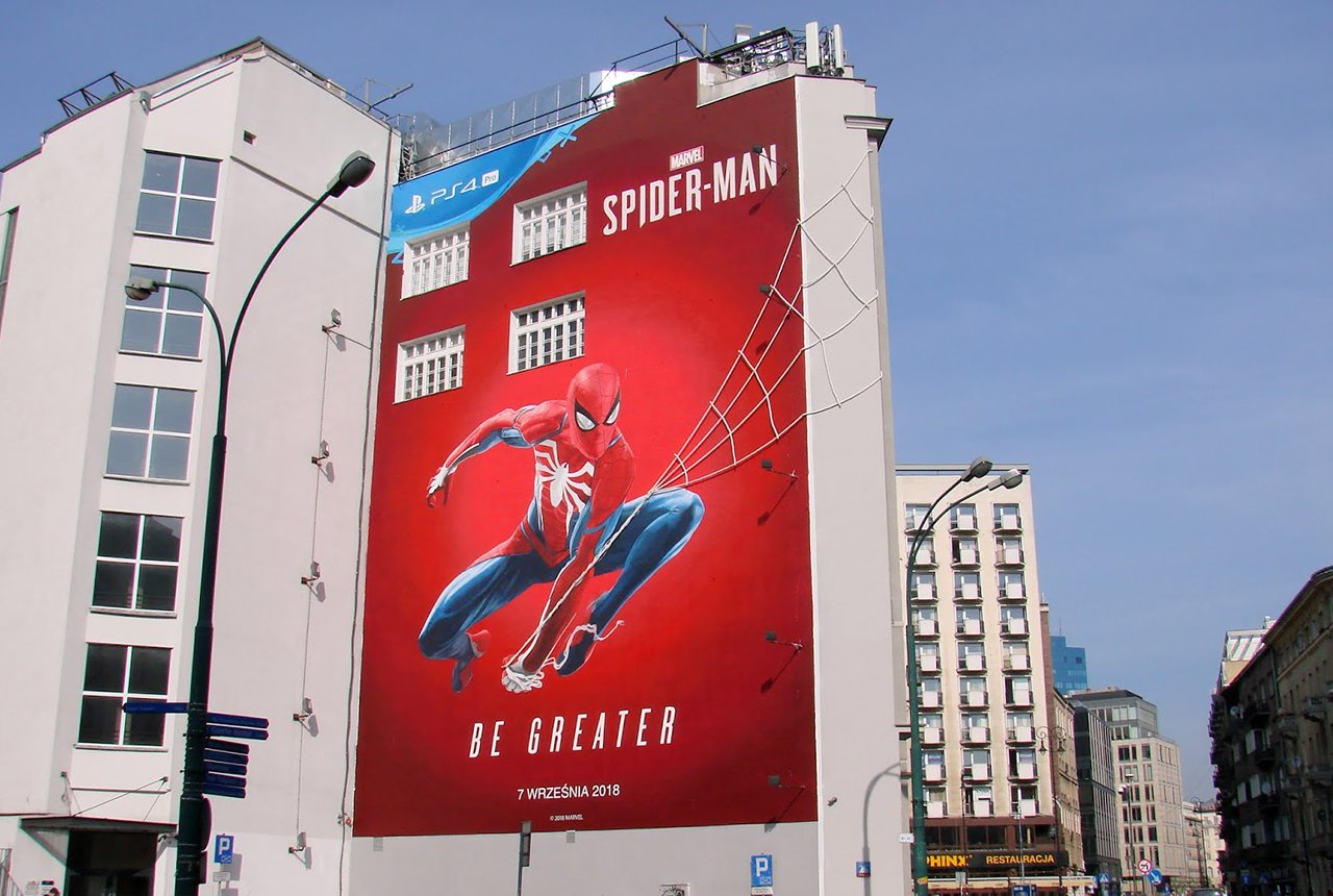 Reklama mural na budynku