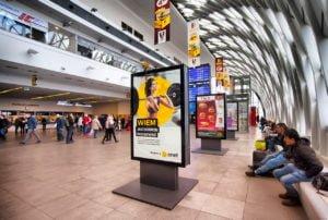 reklama dworzec poznan